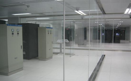 妇幼保健院机房改造
